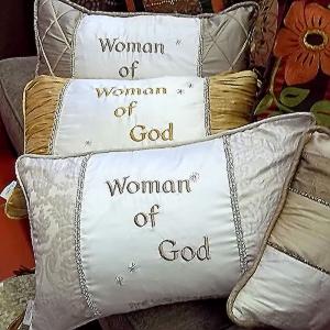 Divina-Pillow-group-pic.jpg