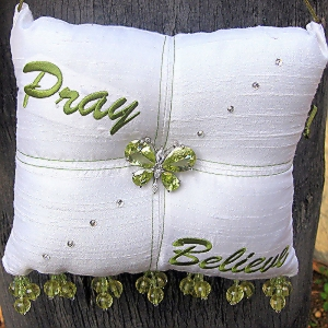 Pray-Believe-Scented-Sachet-Pillow-White-with-Green-front.jpg